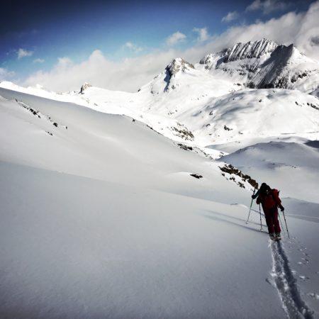 Skitouren, Freeride, Lawinenkurse, Ausbildungen, Mehrtagestouren, Muntognas, Disentis